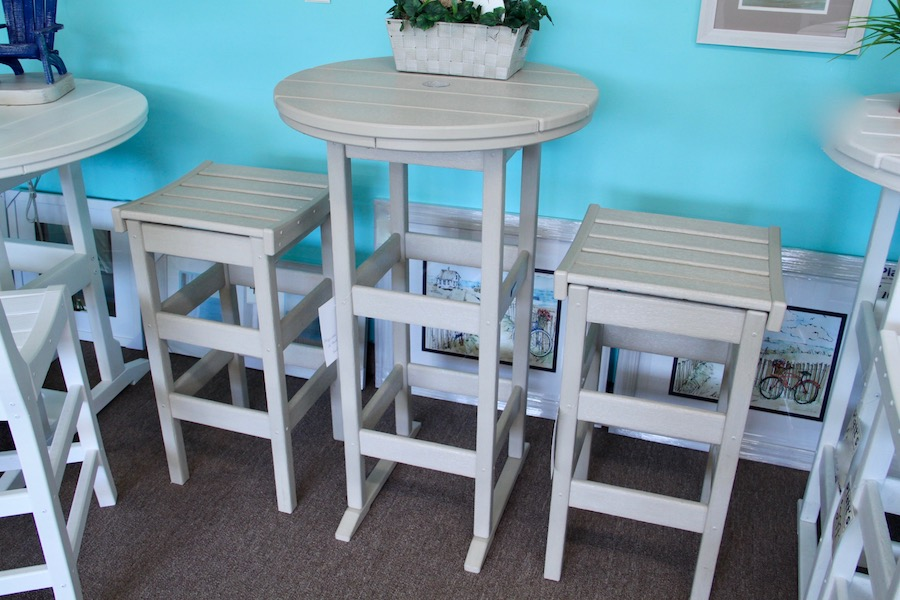 outdoor counter table and stools
