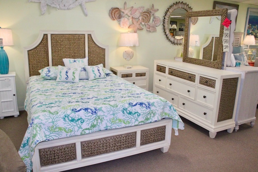 clearance banana leaf bedroom set