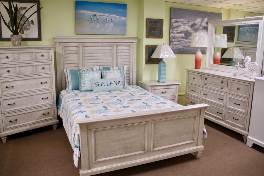 farmhouse bedroom furniture