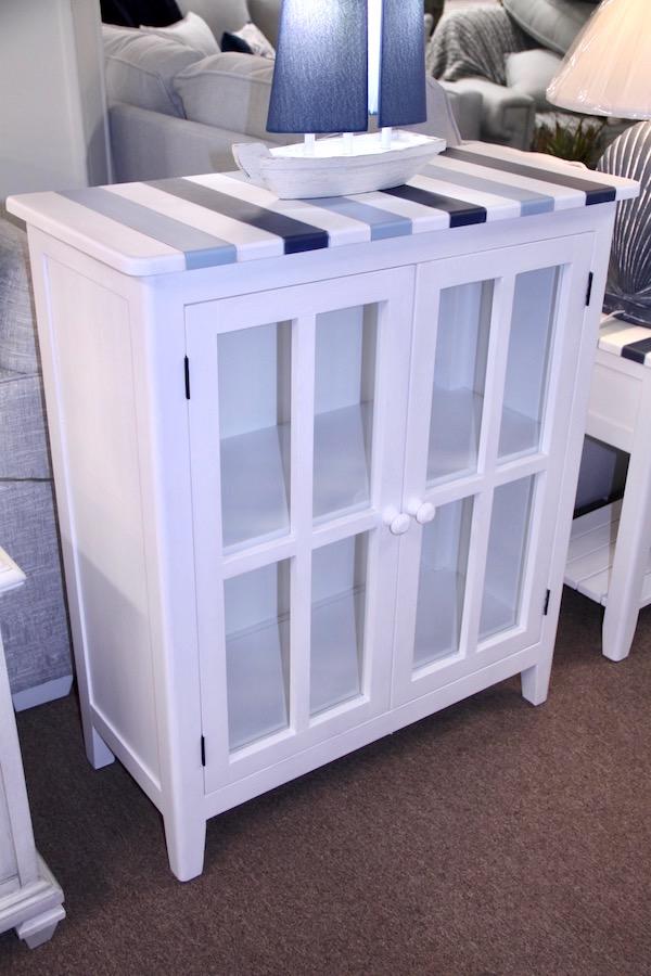 tricolor cabinet